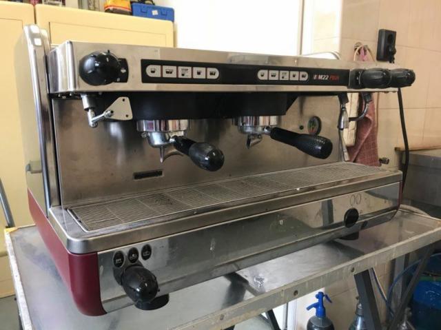 LaCimbali M22 Plus automata 2 karos kávégép